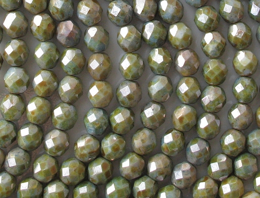 8mm Green Mottled Luster Faceted Round Beads [25]