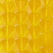 8mm Deep Yellow Pyramid Beads [50]