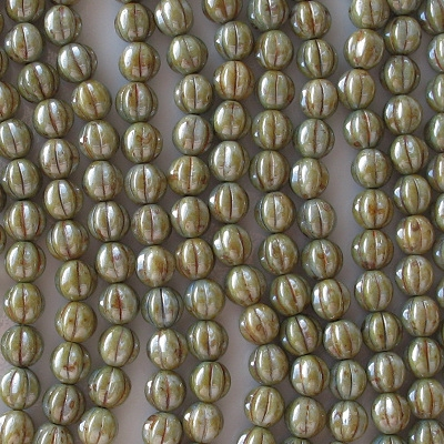 8mm Green Mottled Luster Fluted Beads [50]