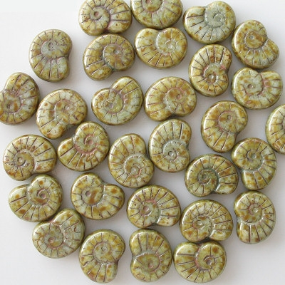 17mm Light Green Picasso Nautilus Beads [5]
