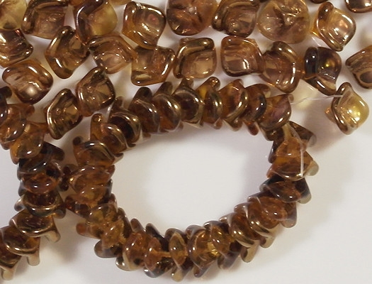 7x12mm Topaz Celsian 3-Petal Flower Beads [15]