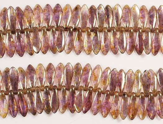 15.5mm Light Violet/Gold Luster Dagger Beads [50]