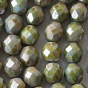 8mm Green Mottled Luster Faceted Beads [50]
