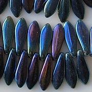 15mm Dark Blue Iris Dagger Beads [50]